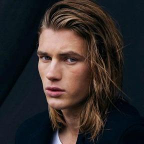 1 blonde-shoulder-length-hair-men-