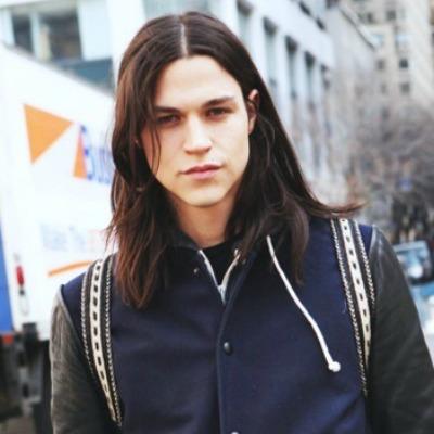 1 long-dark-hair-for-men-middle-parting