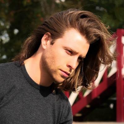 1 medium-length-hair-men-look