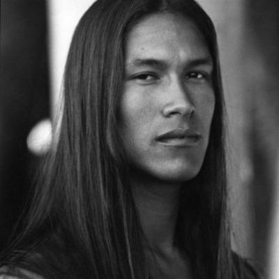 2 long-straight-hair-men-
